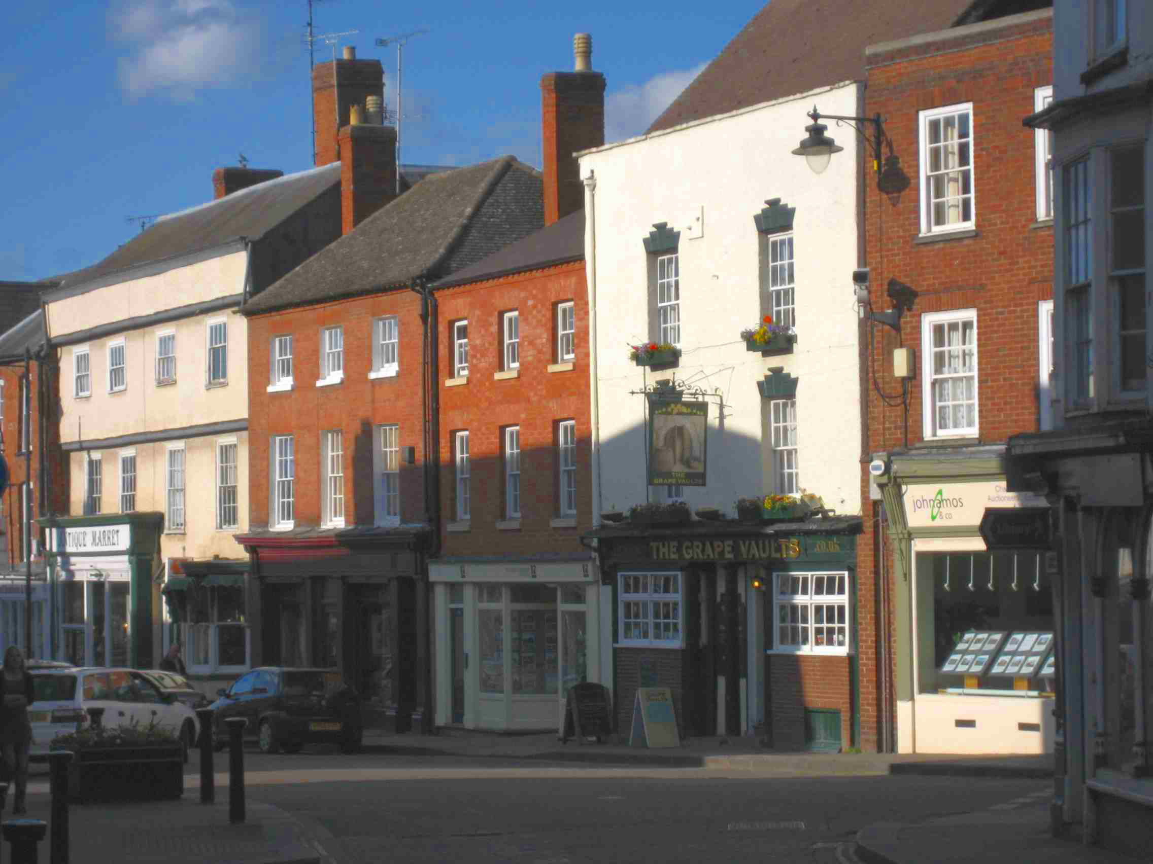leominster black singles Home to many a black and white building and packed with antique shops, leominster sits to the north of hereford city, in the heart of the herefordshire marches and close to the border of.